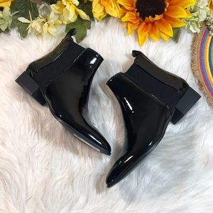 DKNY Talie Leather Ankle Chelsea Boots 6